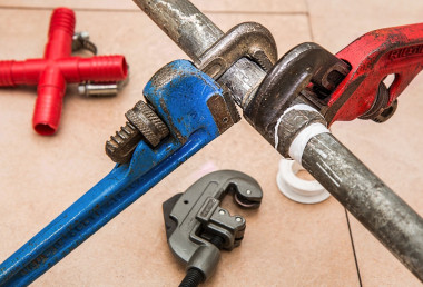 Plucky plumber wins worker rights in the Supreme Court